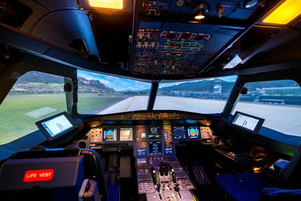 Flugsimulator-Dresden-Cockpit-unbesetzt